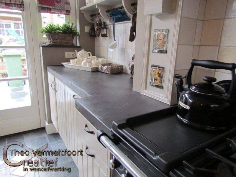 Beton Cire Werkblad Keuken : Aanrechtblad met Beton Cir? in sfeervolle keuken – Project Eindhoven